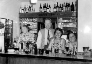 black-horse-bar-staff-2
