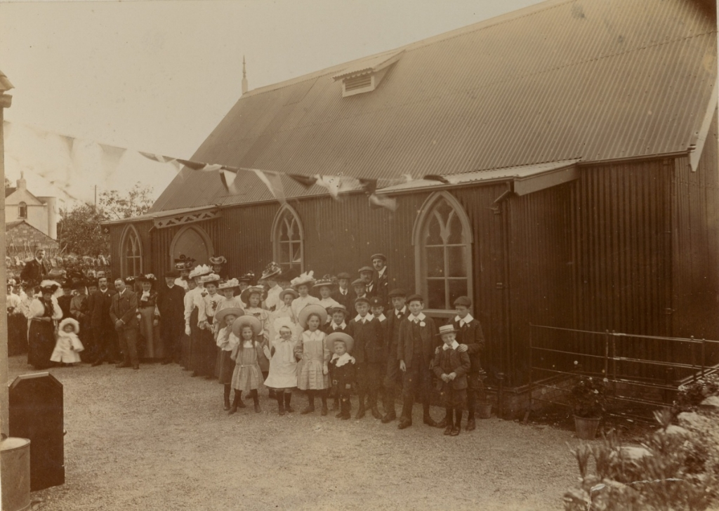 Opening of Schoolhall 1907