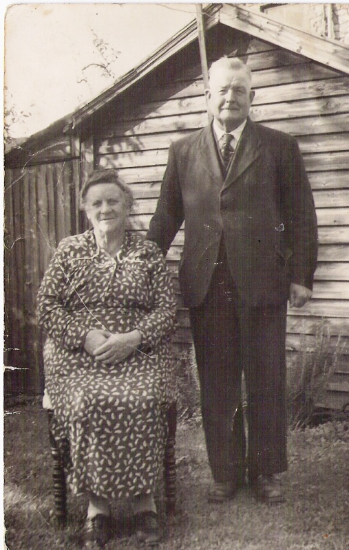 Bill and Tilly Legge on 50th wedding anniversary